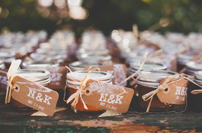 konfitury z winietkami dla gości weselnych