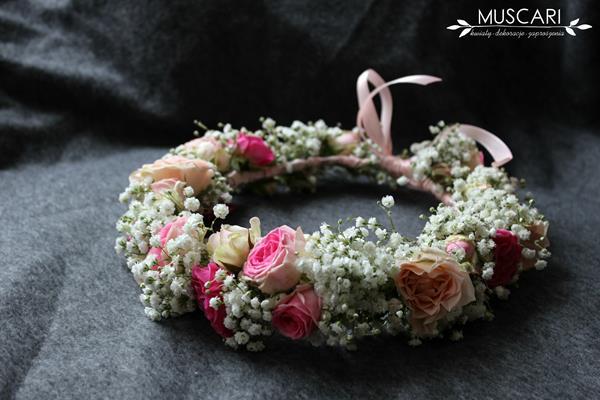 wianek z kwiatów na wesele