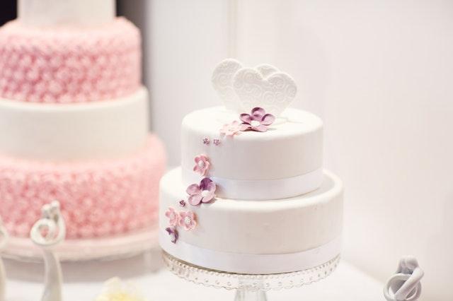 bezglutenowy tort weselny