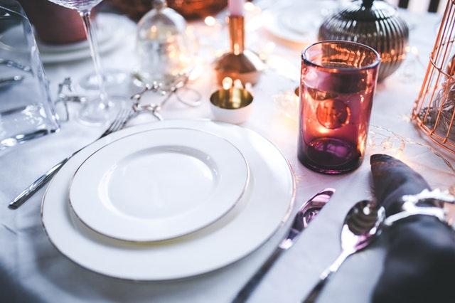 zastawa stołowa prezent na ślub